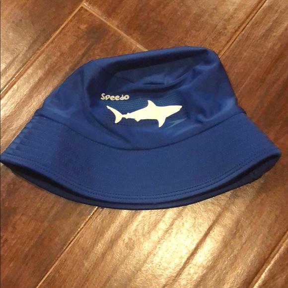 Small Kid s Speedo Beach Bucket Hat SPF ☀ . M 5b187dce95199613ec81711f d32220dff1ce